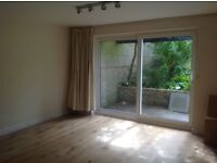 East Croydon 3 bedroomed maisonette. Immaculate, newly refurbished with outside patio. Ready now!