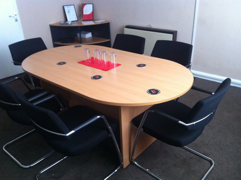 Meeting conference table and 6 chairs in great yarmouth for Meeting table and chairs
