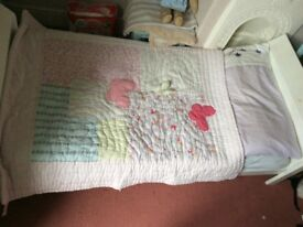 Sleigh Toddler bed and lots of bedding