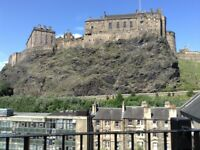 Stylish One Bedroom Flat with a Stunning View of the Castle Available to Rent for £750