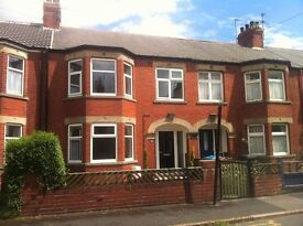 Furnished 3 bed mid terrace property in a quiet and pleasant residential area near the University