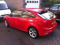 IMMACULATE RED FORD FOCUS ST2