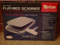 Flat bed scanner - USB, Colour, Includes Slide attachment for Negatives or Colour Slides