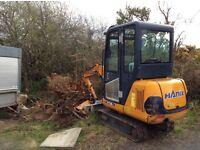 Hanix H15 B to excavator. Year 2004
