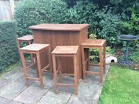 Wooden Garden Bar with 4 bar stools