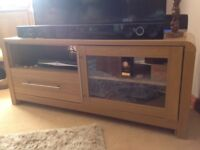 Oak look TV unit