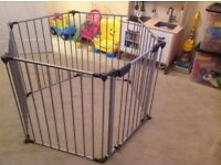 BabyDan XL Fire Guard/Play Pen - Grey - ideal for keeping kids away from fires! Excellent Condition