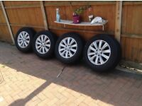 4 wheels an tyres front and back continental size 255/6018 from a Volkswagen 4 wheel drive