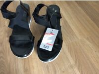 Ladies summer sandals . Tu. brand new. Size 8.