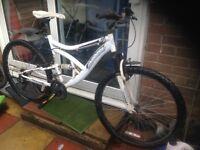 Adults Muddyfox Dual Suspension mountain bike 18 speed