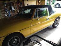 Triumph stag yellow 3.0 triumph V8