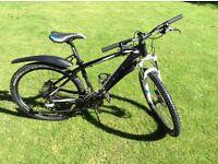 Boy or youth cube bike 24 inch wheel Aim Black
