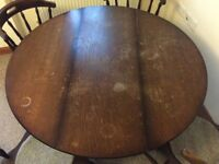 Reduced for quick sale ROUND DINING TABLE + 4 chairs