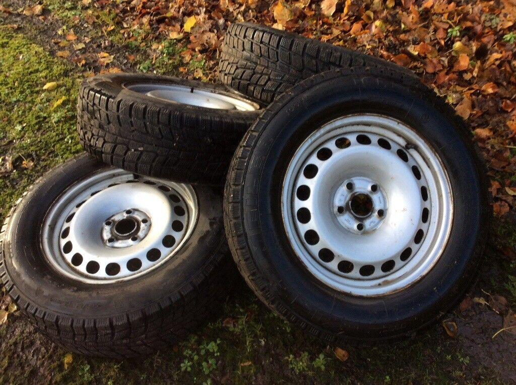 Four good winter tyres on steel rims off VW Tiguan