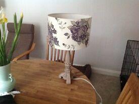 Lovely table lamp