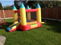 Duplay 9 x 7 ft Bouncy castle