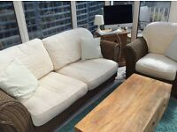 conservatory 3 piece suite,very good condition