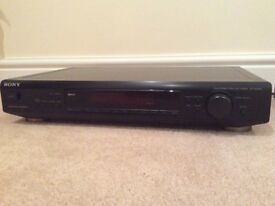 SONY FM AM STEREO TUNER in very good condition