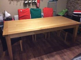 Solid Oak Dining table from Creations