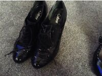 Ladies shoes - 2 pairs - size 5 - black painten
