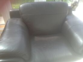 Large Brown Leather Chair collect only good condition