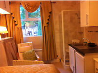 MOVE IN TODAY! Furnished room: shower& kitchenette nxt trainstatin gravelly hill,erdington, No DSS