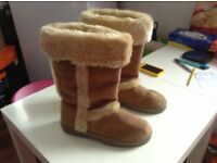 Worn Only Once Ladies Boots Size 6/39