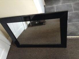 Black gloss mirror