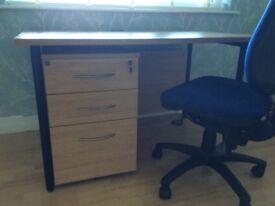 Desk/pedestal/ chair