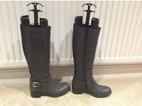 Ladies Grey Italian Genuine Leather Long / Knee High Boots-Size 3 (EUR 36) By Vanilla Moon