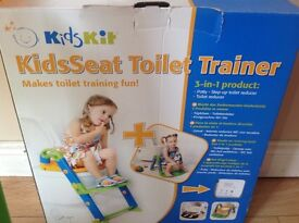 Toilet/potty trainer.