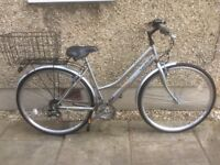 LADIES HYBRID BIKE FOR SALE-EXCELLENT CONDITION-FREE DELIVERY