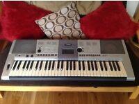 Yamaha PSR E403 touch sensitive 61 key keyboard.
