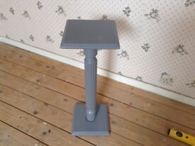 Grey table lamp needs lick of paint