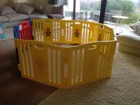 Playpen, 6 panels, thick plastic, sturdy with door