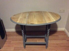 Upcycled shabby chic coffee table drop leaf