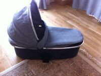 excellent urbo2 carrycot!