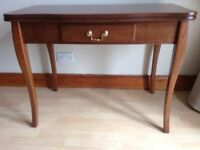 Scotts of Stow expanding console table
