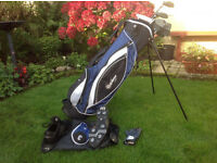 Confidence Golf Bag + Golf clubs + Extras