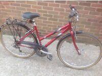 Ladies Raleigh Town Bike 21 speed