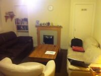 Room to rent in Crewe toll £350 per month plus gas and electric (usually £20 per month)