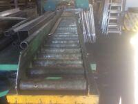 Steel cutting bandsaw