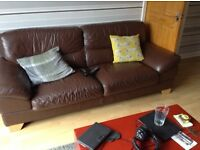 Excellent condition leather sofa.
