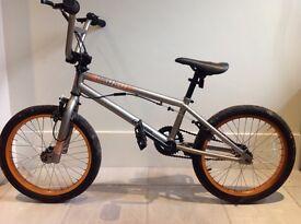 Child/teenager stunt bike