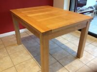 Oak Dining Table - excellent condition