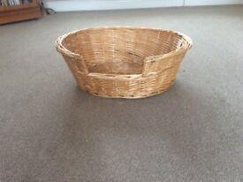 Willow pet basket