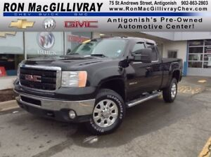 2011 GMC SIERRA 2500HD SLT..DIESEL..SUNROOF..$453 B/W Tax Inc..R