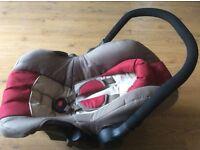 2 newborn car seats