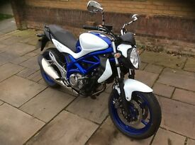 Suzuki SFV650 Gladius Motorcycle White Blue Excellent Condition Very Low Mileage Great for New Rider