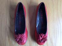 Ladies leather ballerina shoes size 39, uk 6